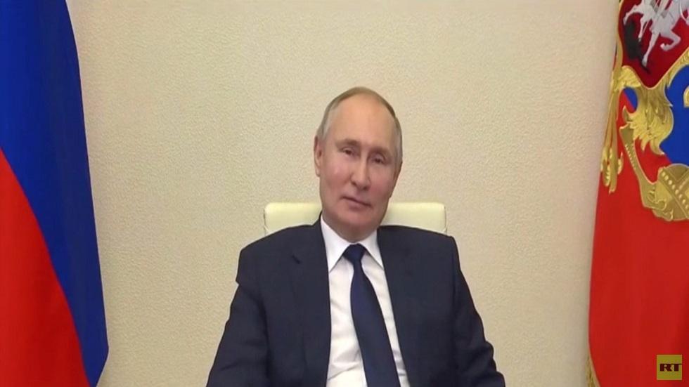 بوتين: الغرب يتبع معايير مزدوجة في أوكرانيا