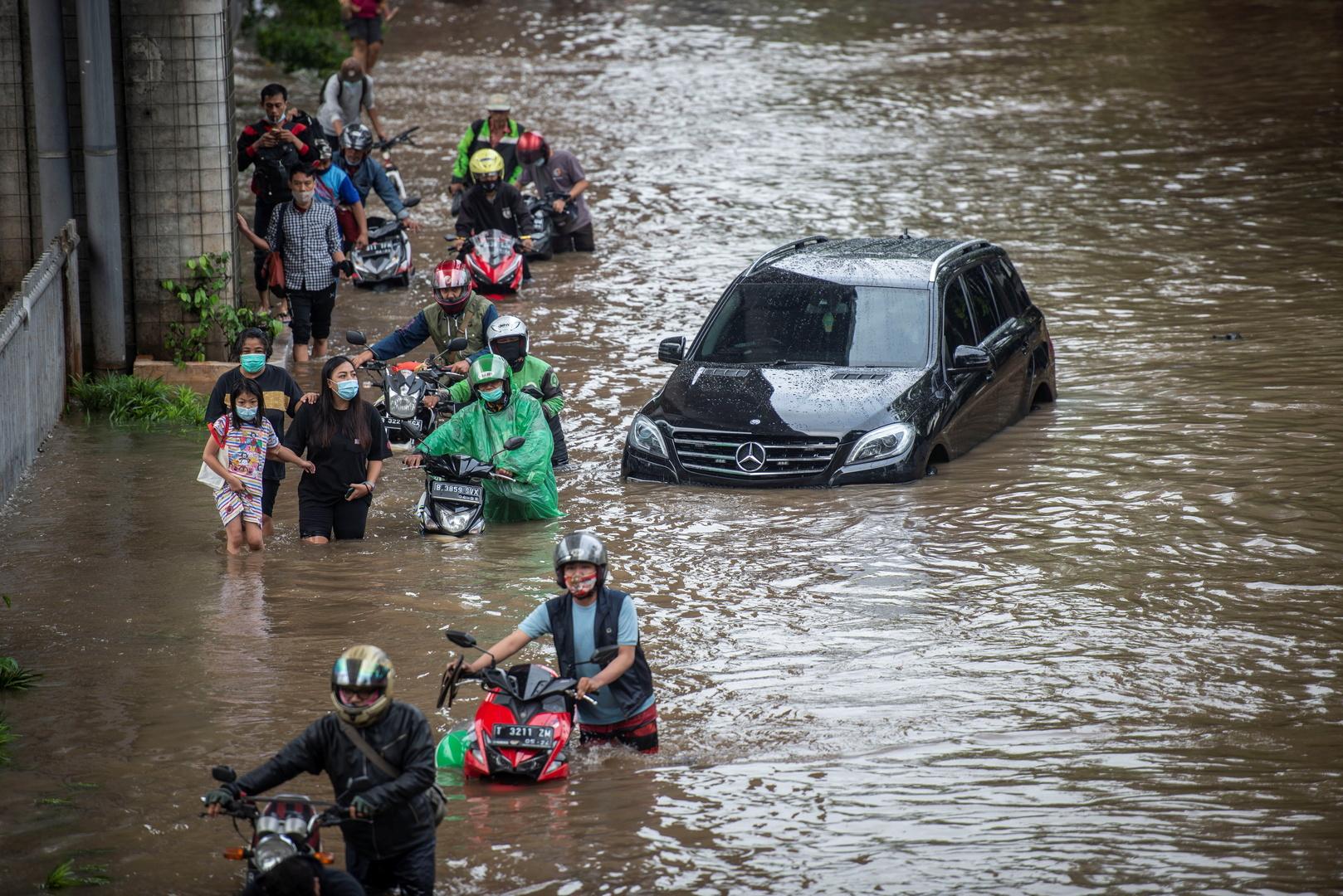 فيضانات في جاكرتا