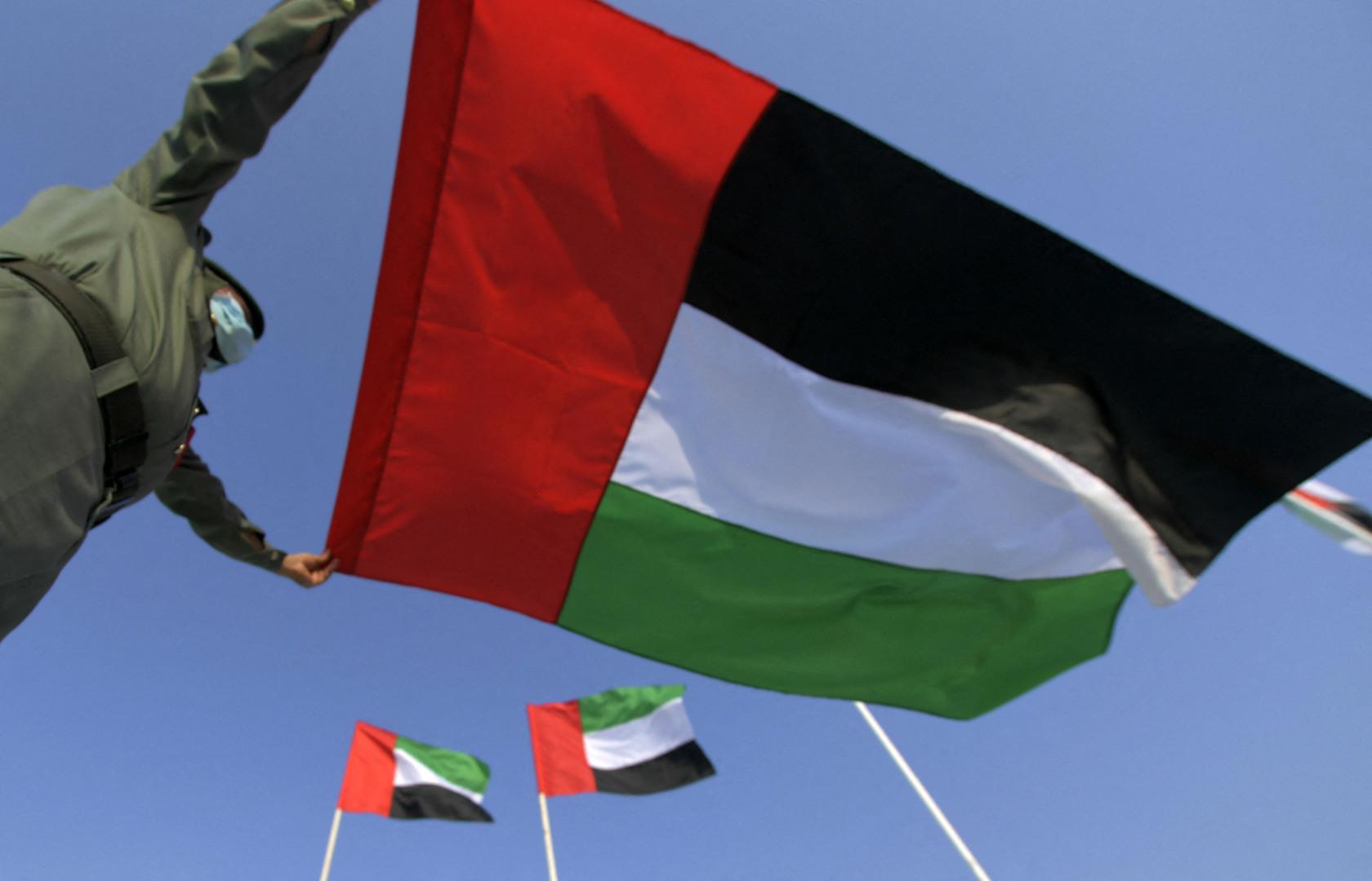 الإمارات تجري عدد أكثر من 160 ألف فحص كورونا وتسجل 3158  إصابة خلال 24 ساعة