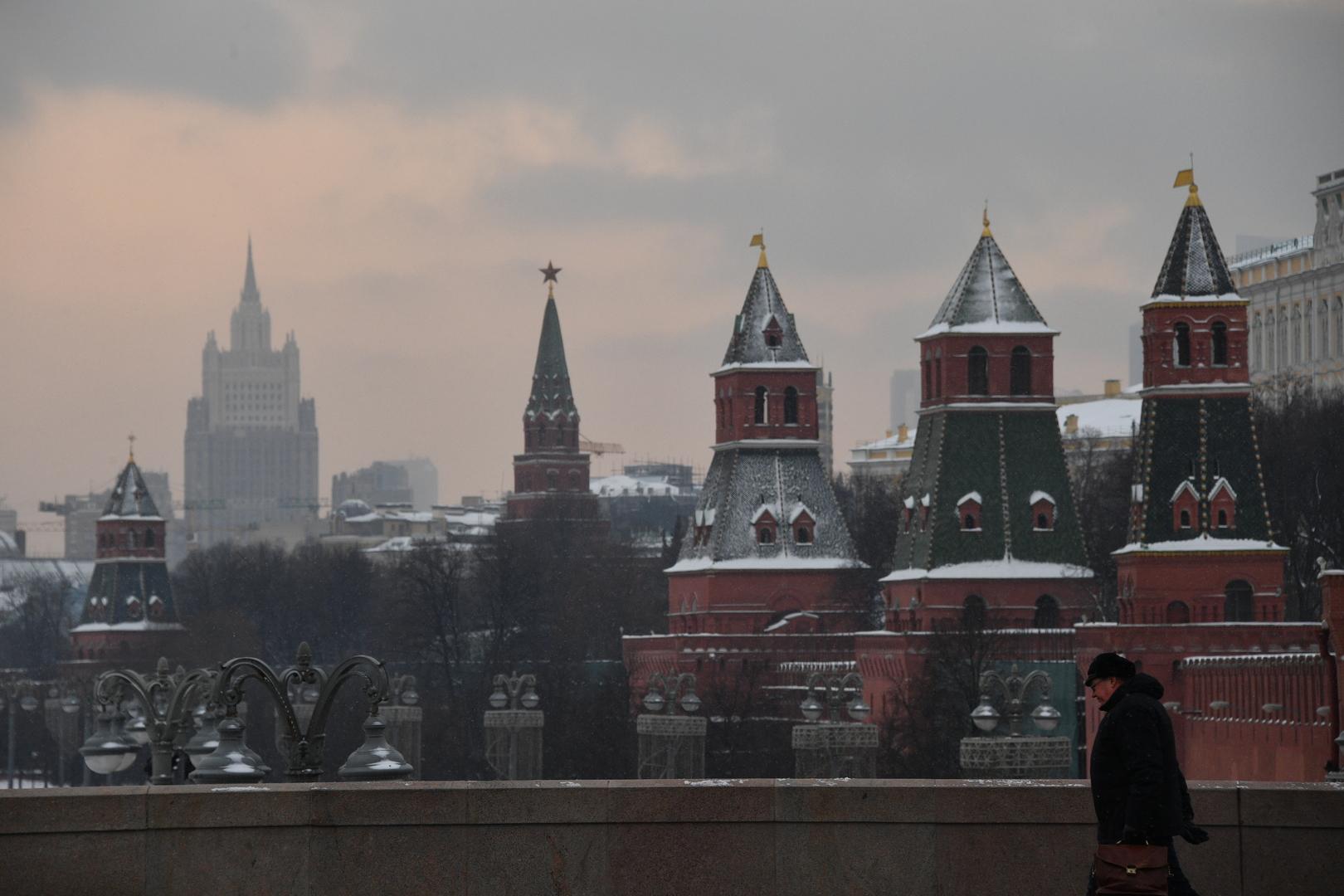 الكرملين: الناتو بأعماله العدوانية يدفع روسيا لتكثيف نشاطها لحماية نفسها