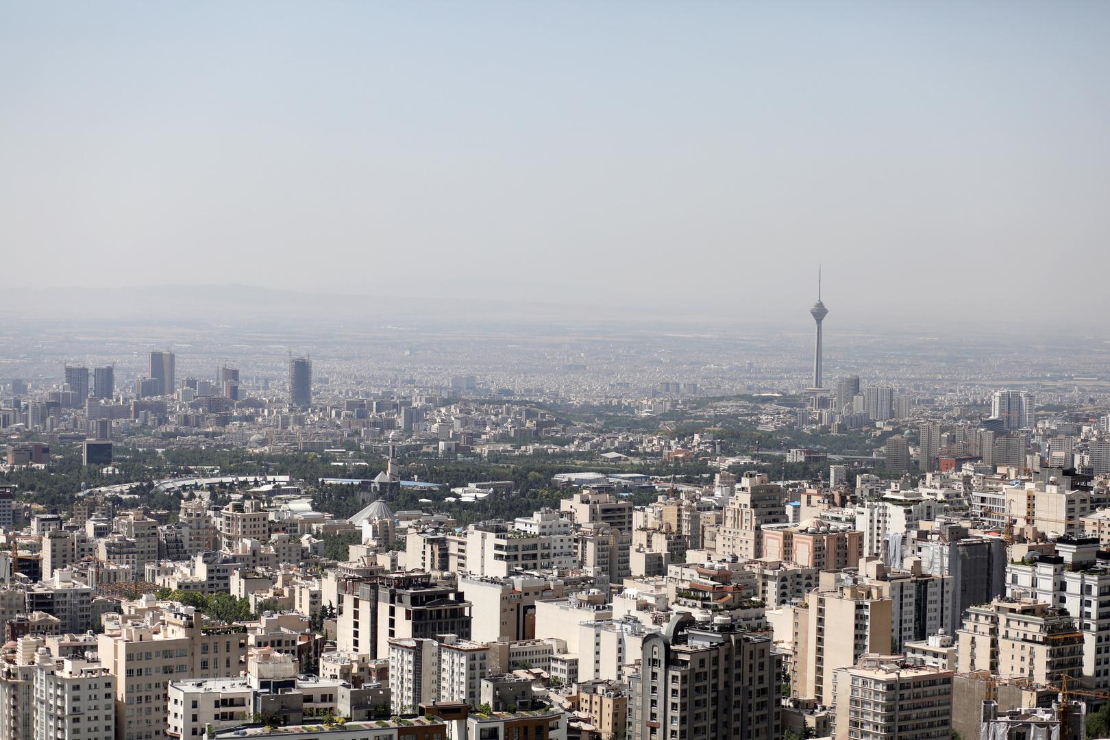 إيران: لم نتحادث مع إدارة بايدن حول السجناء الأمريكيين وتبادلنا رسائل عبر سفارة سويسرا