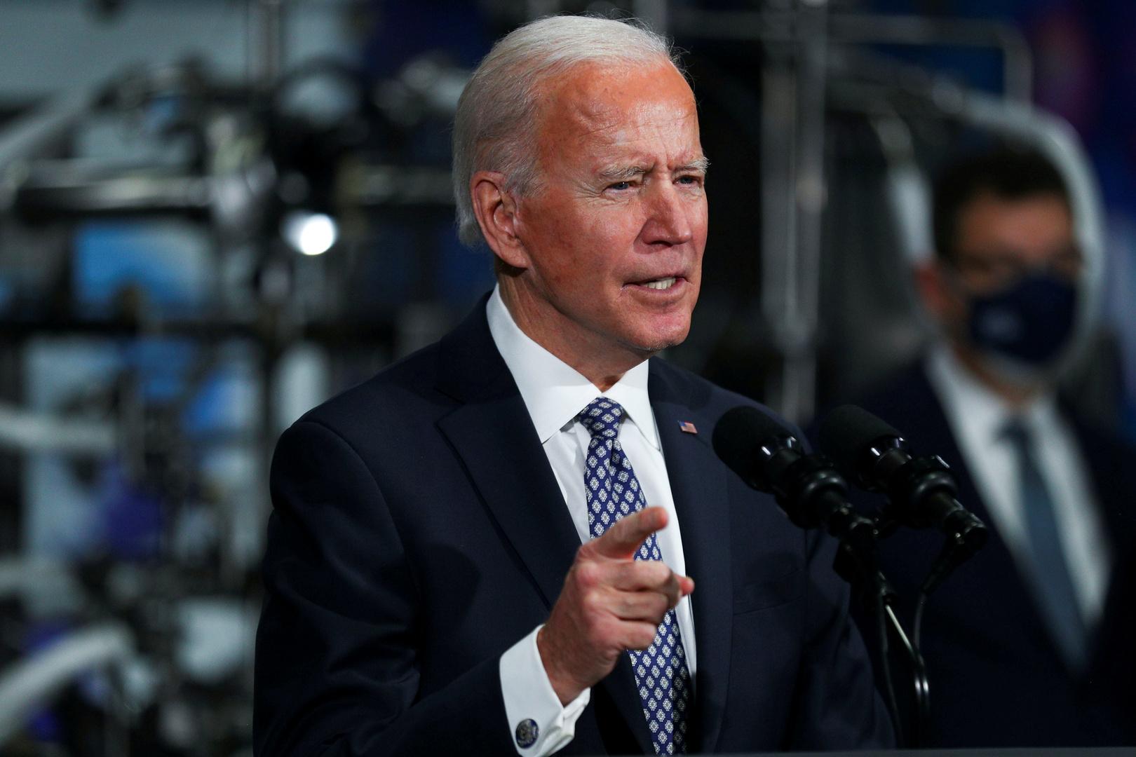 مسؤول أمريكي: تسييس ارتداء الكمامة أدى إلى وفاة عشرات الآلاف