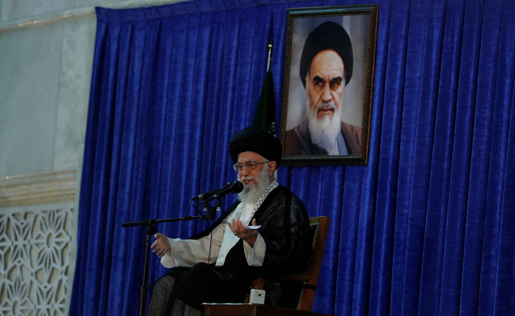 المرشد الأعلى للثورة الإيرانية، آية الله علي خامنئي.