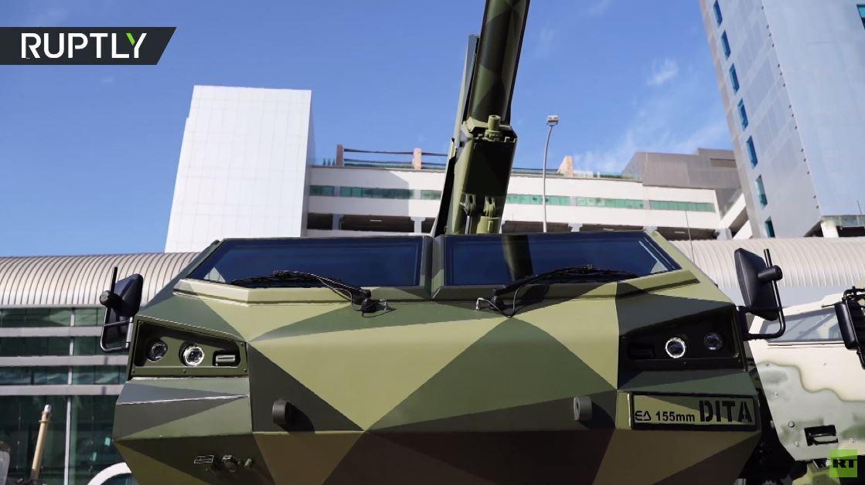 مدفع هاوتزر من الجيل الجديد يعرض في أبو ظبي لأول مرة