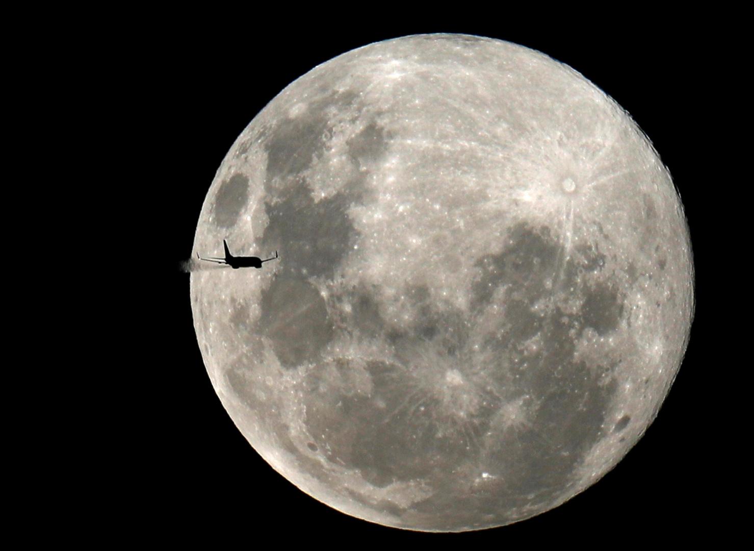 هيمنة مدارية: البنتاغون يحتل الفضاء القريب