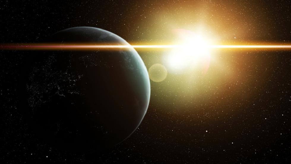 مرصد ناسا يلتقط توهجا ضخما ينبعث من