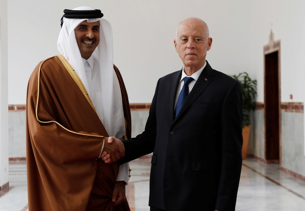 الرئيس التونسي قيس سعيد وأمير قطر الشيخ تميم بن حمد آل ثاني
