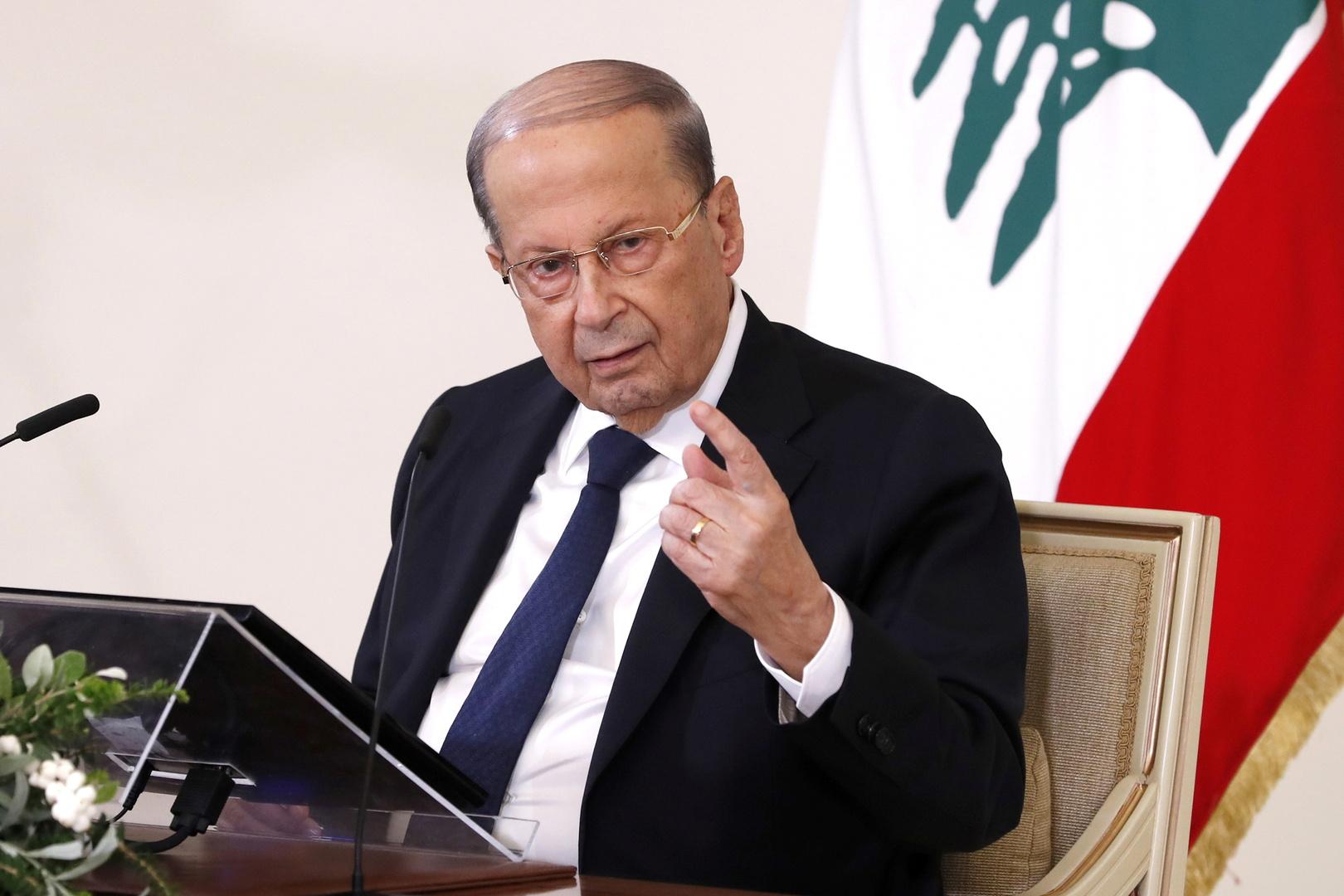 الرئيس اللبناني يتابع ملف التسرب النفطي قبالة الشواطئ الجنوبية