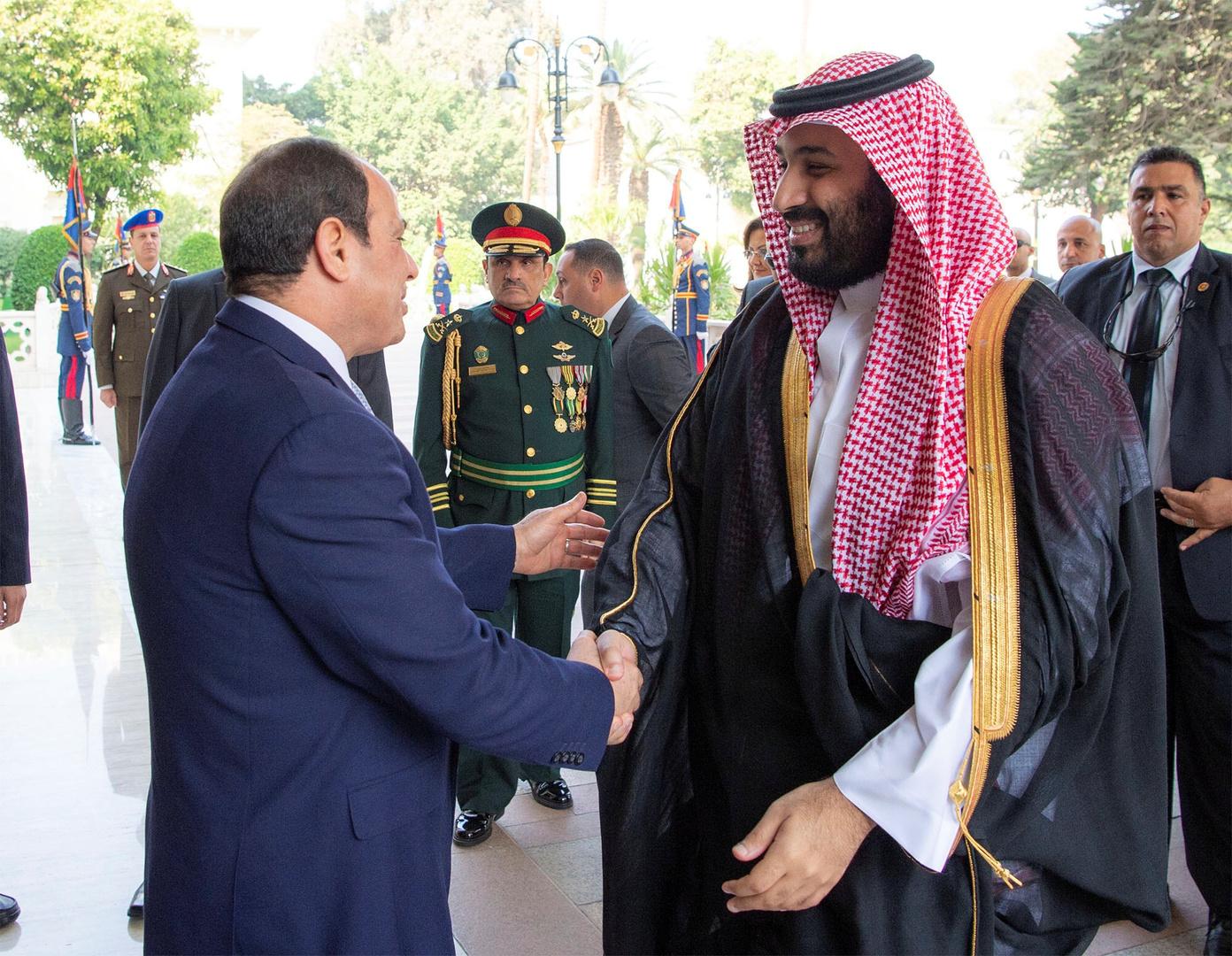 السيسي يهنئ بن سلمان بعد العملية الجراحية