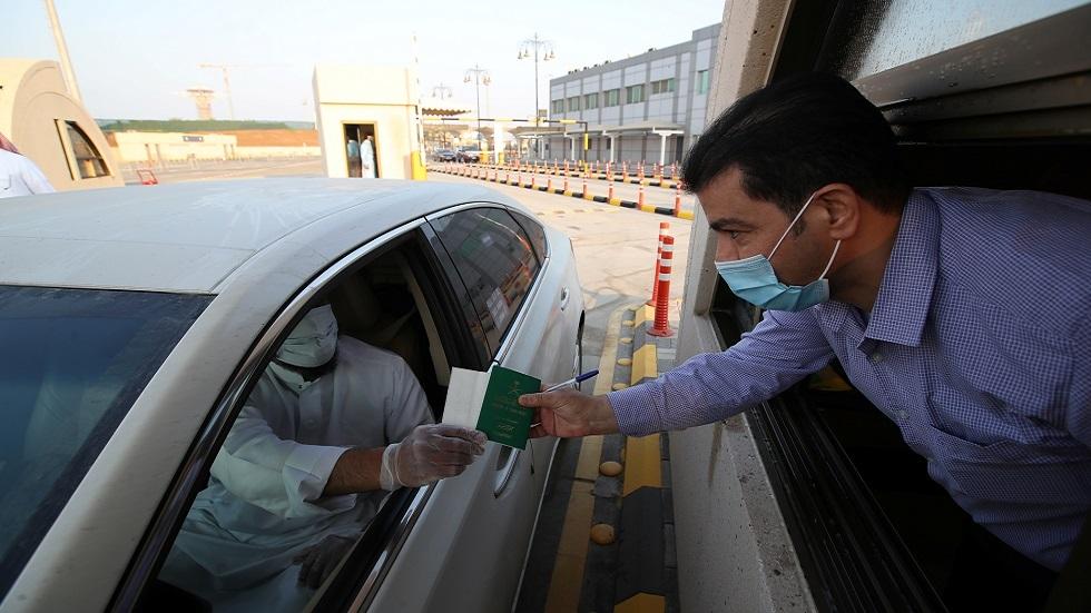 عمان تكشف عن مشاورات بشأن اعتماد