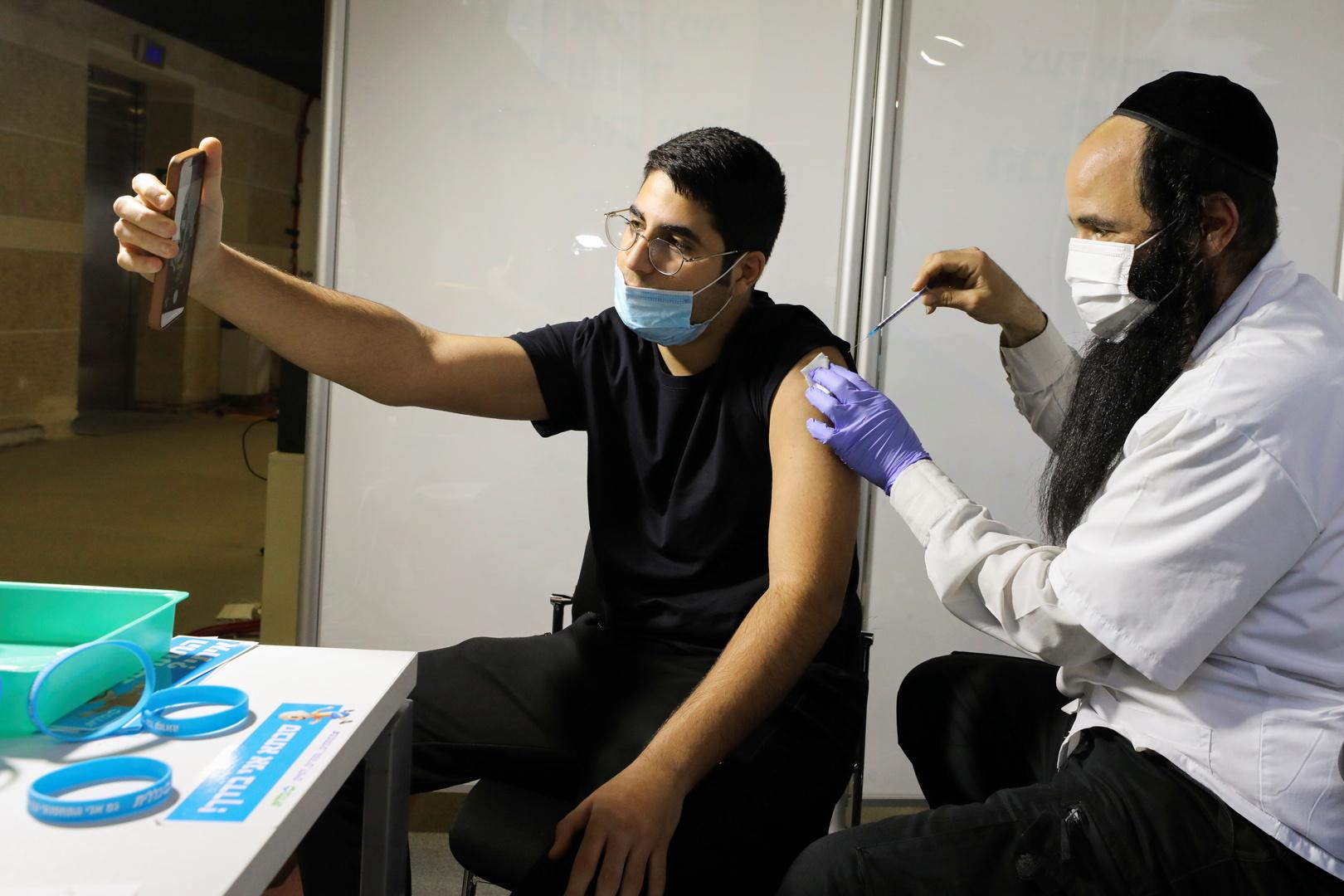 وزارة الصحة: 50% من الإسرائيليين تلقوا الجرعة الأولى من لقاح كورونا