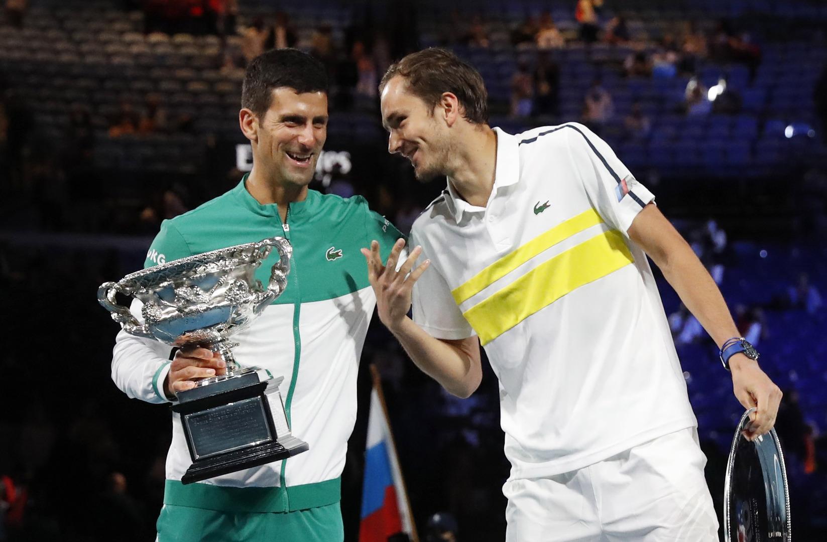 نجم التنس الروسي يحصل على فرصة لاحتلال المركز الثاني عالميا