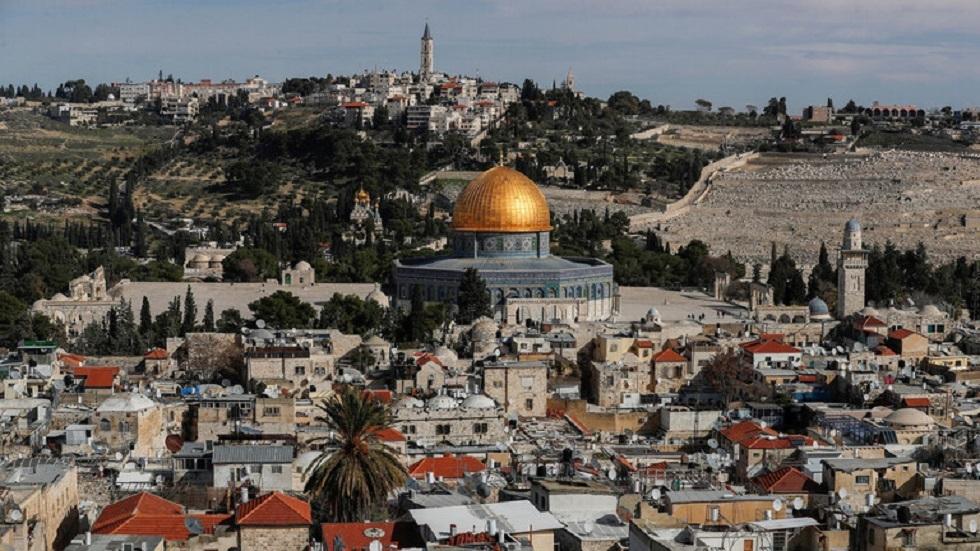 الحكومة الإسرائيلية تقرر وقف المواصلات إلى القدس