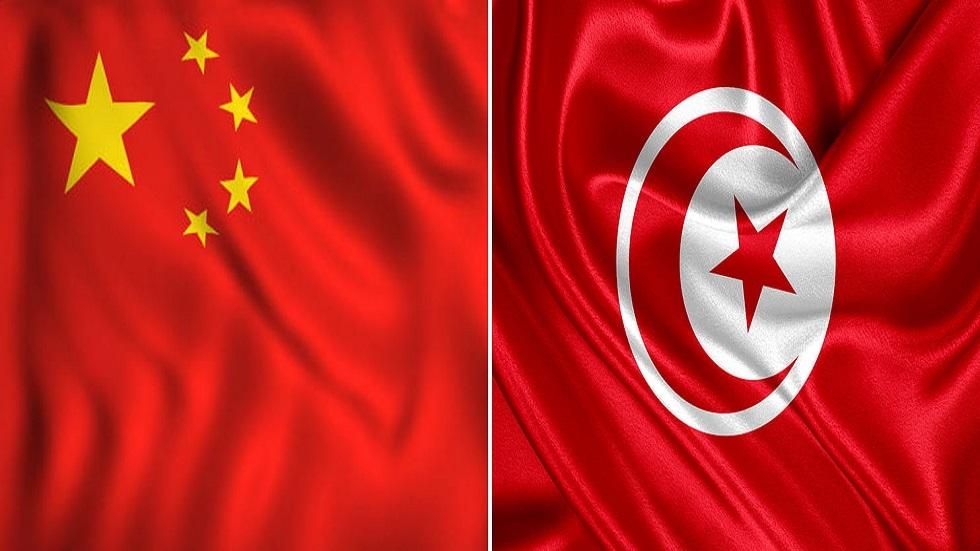 الصين تمنح تونس 100 ألف جرعة لقاح ضد كورونا