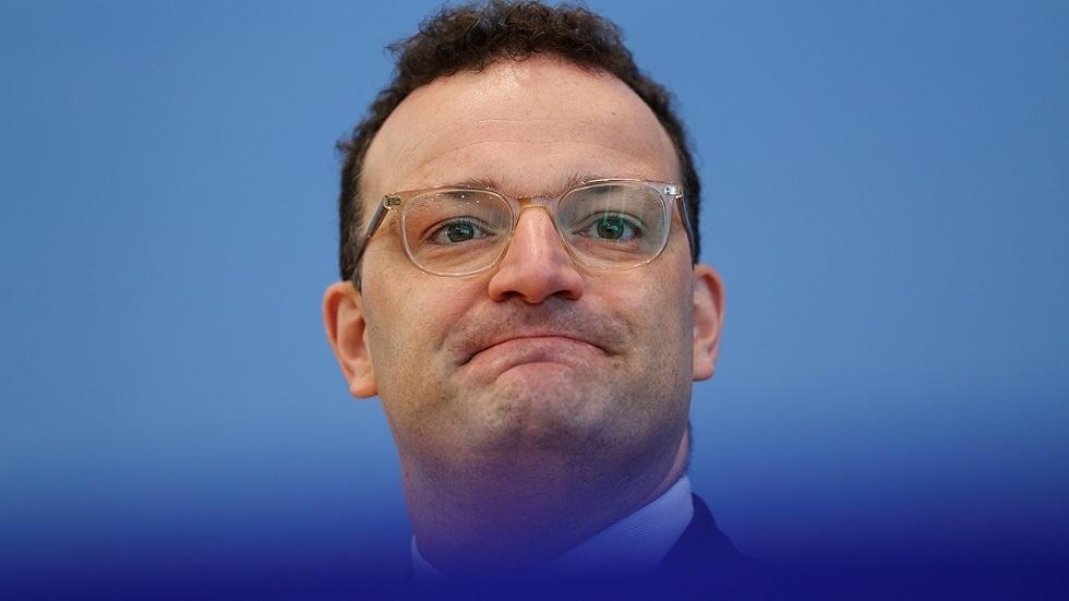 وزير الصحة الألماني حضر عشاء مع 12 شخصا قبيل إعلان إصابته بكورونا