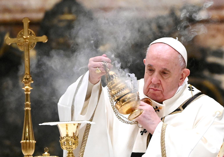 خبراء وبائيون يحذرون من الآثار المترتبة على زيارة البابا المرتقبة للعراق بشأن تفشي كورونا