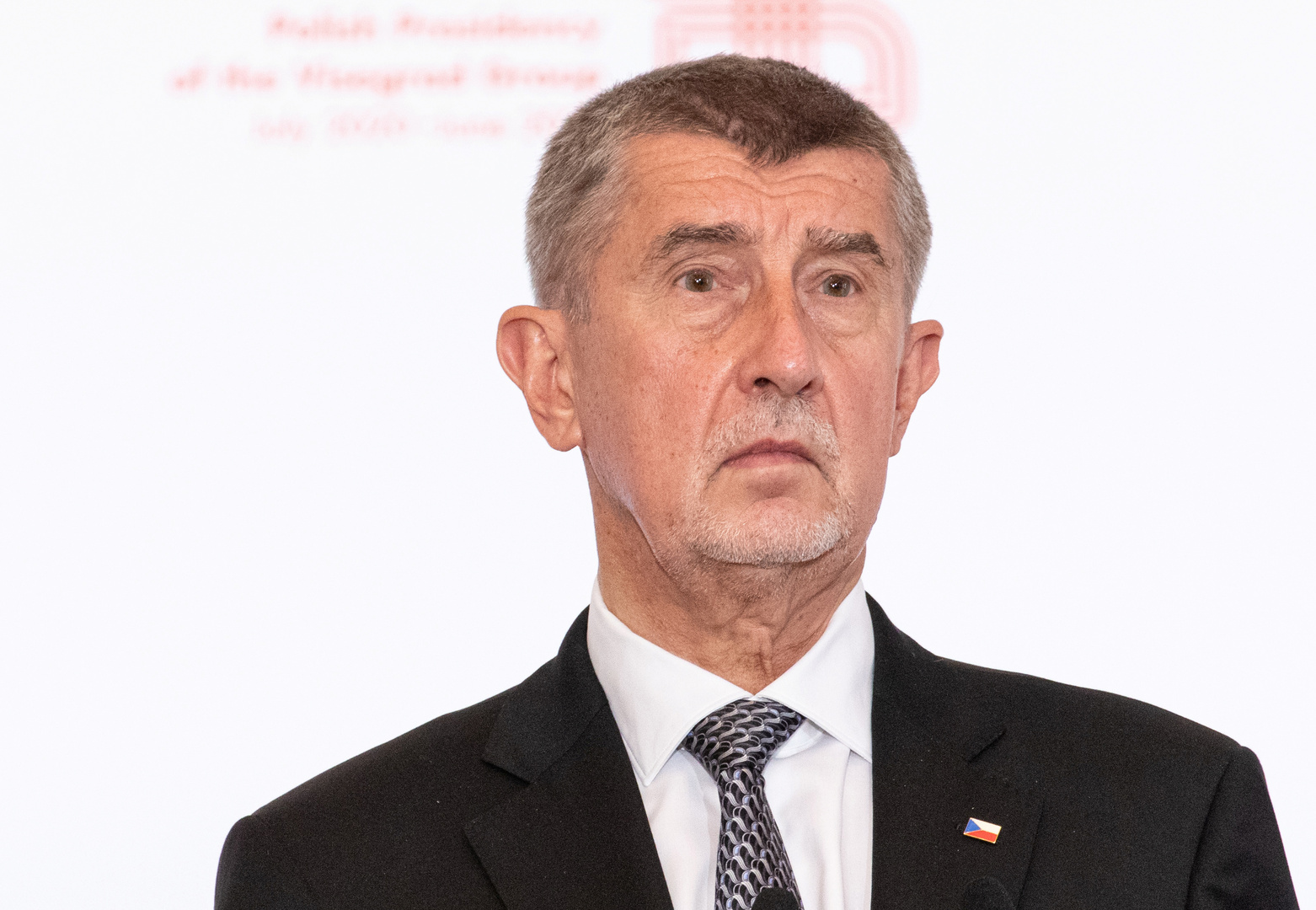 رئيس وزراء التشيك: هناك شخص كان يهددني بقتلي أنا وعائلتي