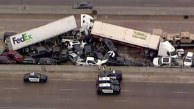عشرات الضحايا والإصابات إثر اصطدام نحو 100 سيارة بولاية تكساس الأمريكية