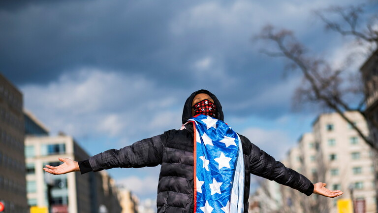 لأول مرة.. مدينة أمريكية تدفع تعويضات عن العنصرية التاريخية إلى ذوي البشرة السمراء