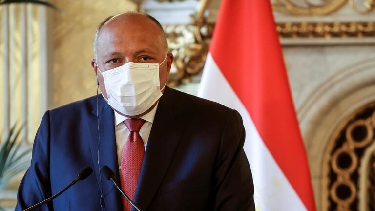 وزير الخارجية المصري يبحث مع وزيرين صوماليين التطورات في منطقة القرن الإفريقي 6058b9dd4236047ef032330b