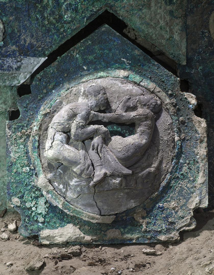 علماء الآثار يحققون اكتشافات فريدة في بومبي