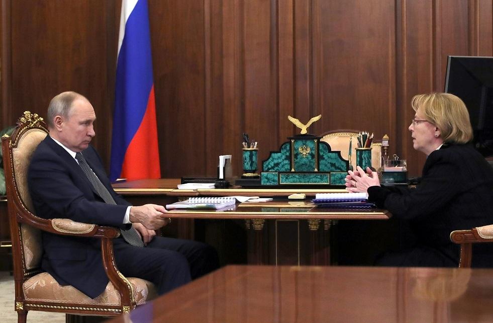 روسيا تصمم لقاحا ضد كوفيد يعطي مناعة خلوية تدوم سنوات طويلة
