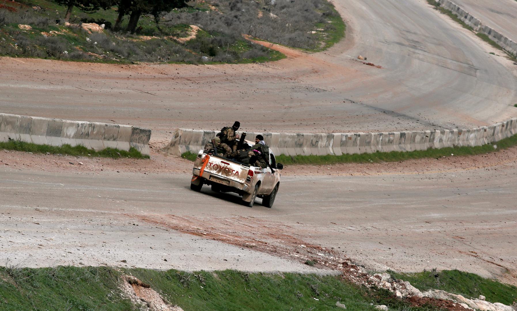 مسلحون في ريف إدلب بسوريا (صورة من الأرشيف)