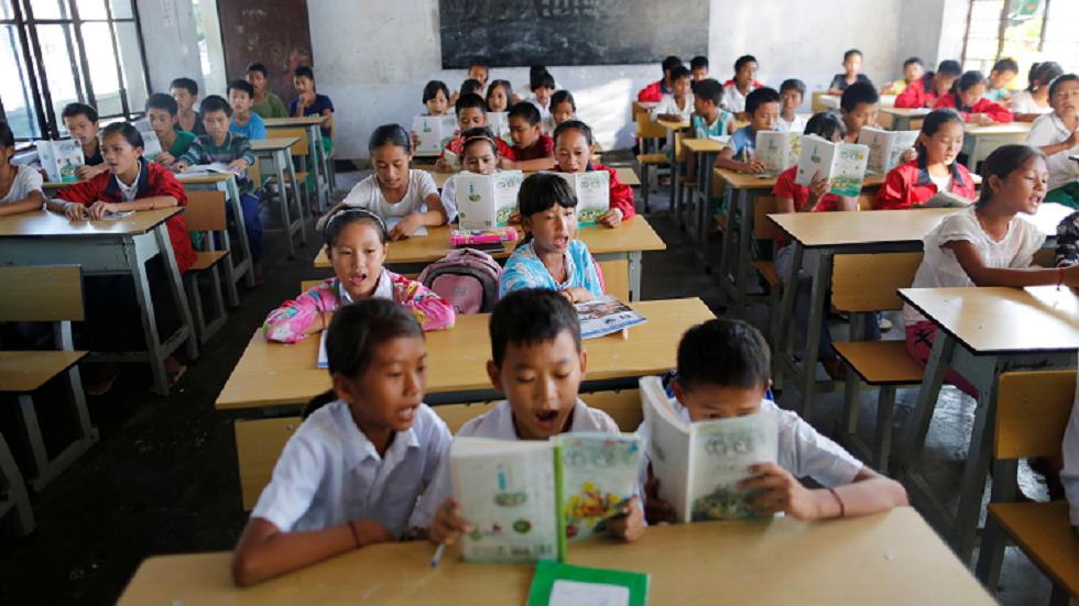 الصين تمنع العقاب والضرب في المدارس