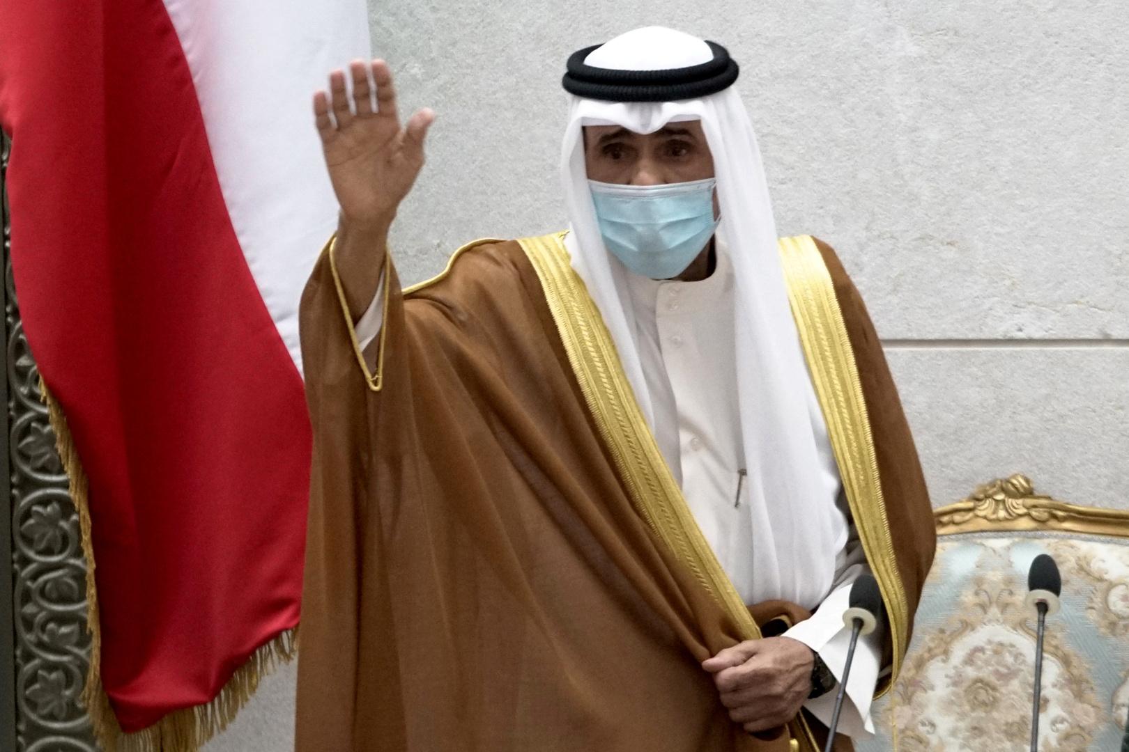 أمير الكويت يصدر مرسوما بالموافقة على الحكومة الجديدة