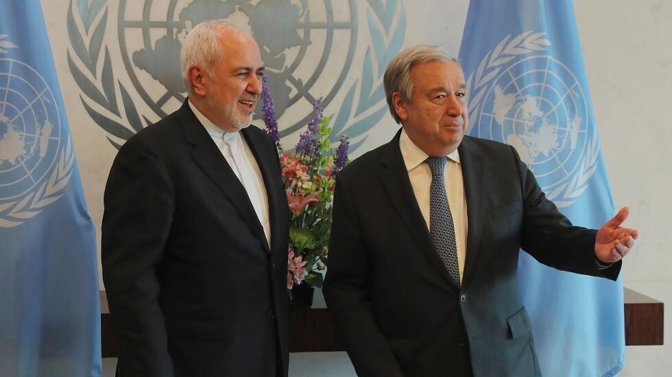 الأمين العام للأمم المتحدة أنطونيو غوتيريش ووزير الخارجية الإيراني محمد جواد ظريف (صورة من الأرشيف)