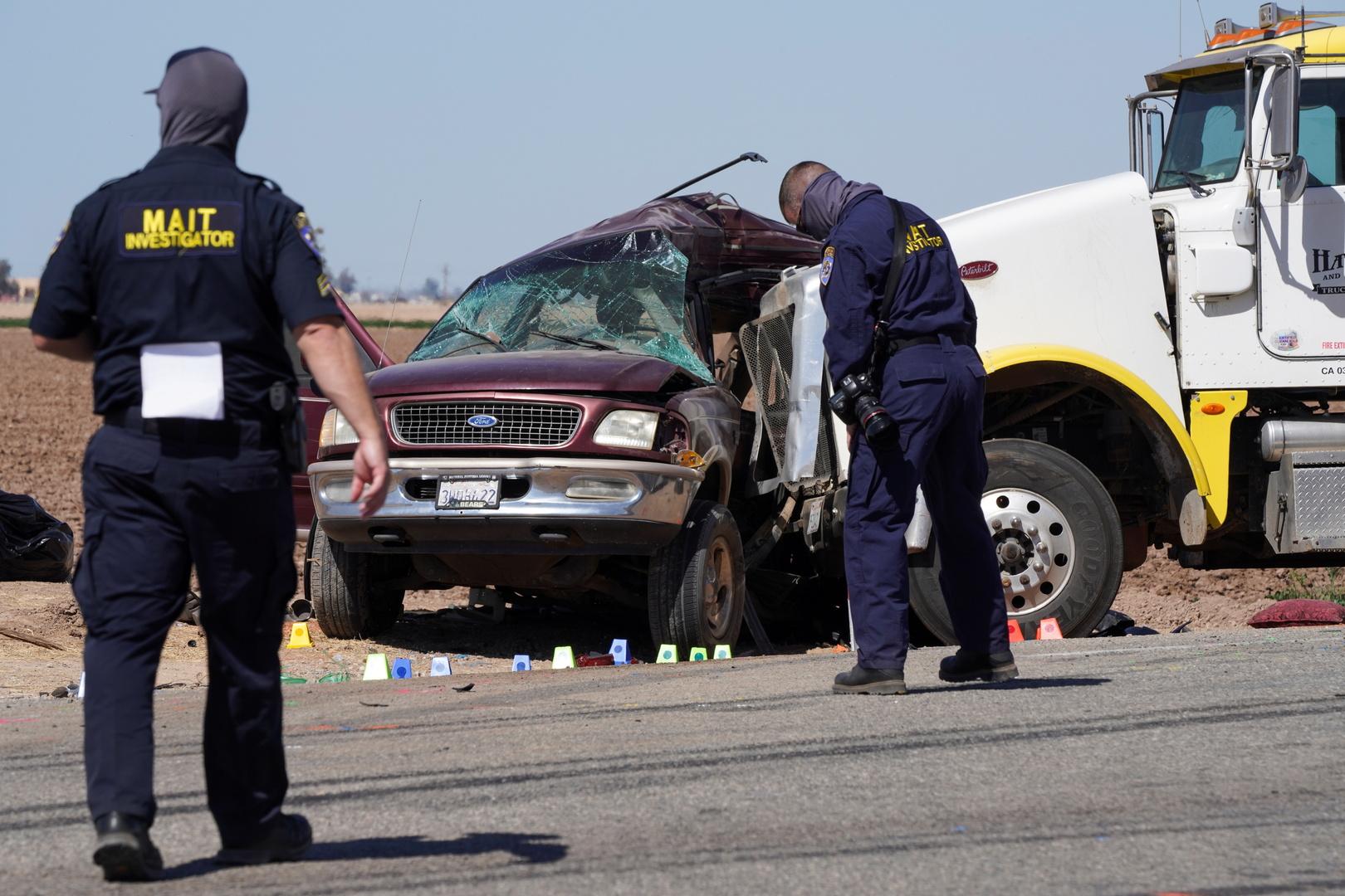 حادث سير مروع في كاليفورنيا