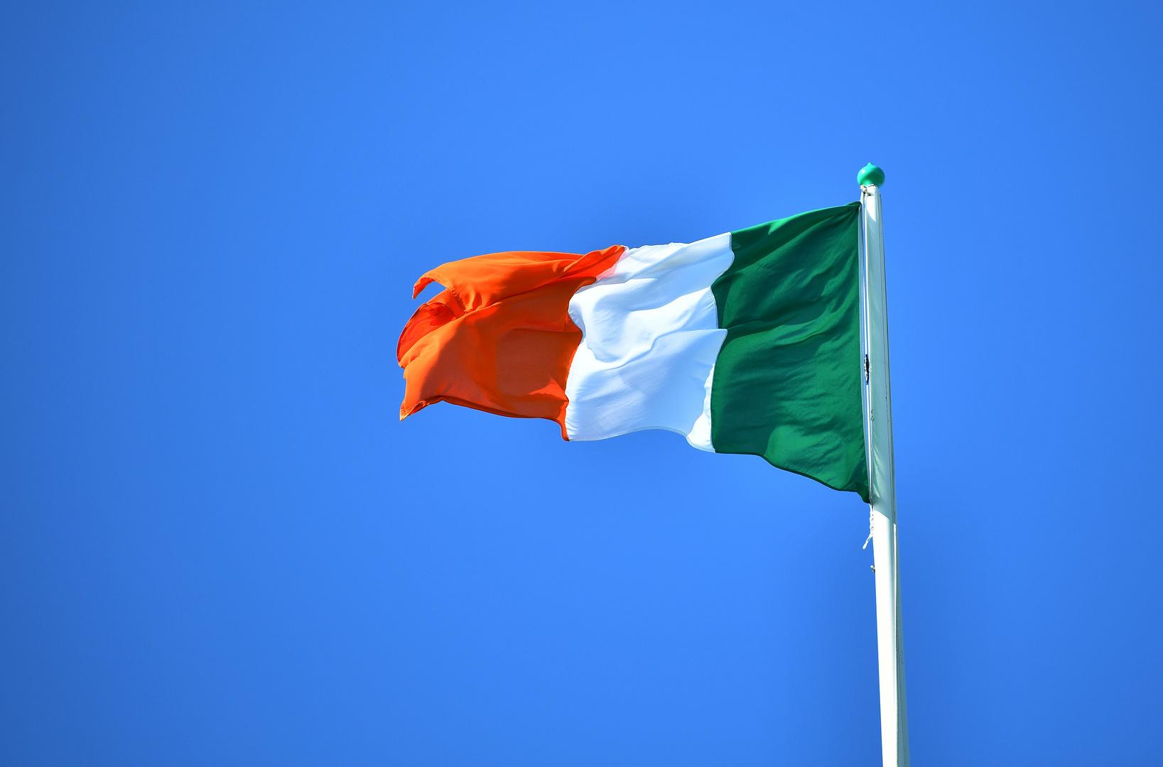 الخارجية الإيرلندية: سنعيد تأسيس وجودنا الدبلوماسي في إيران
