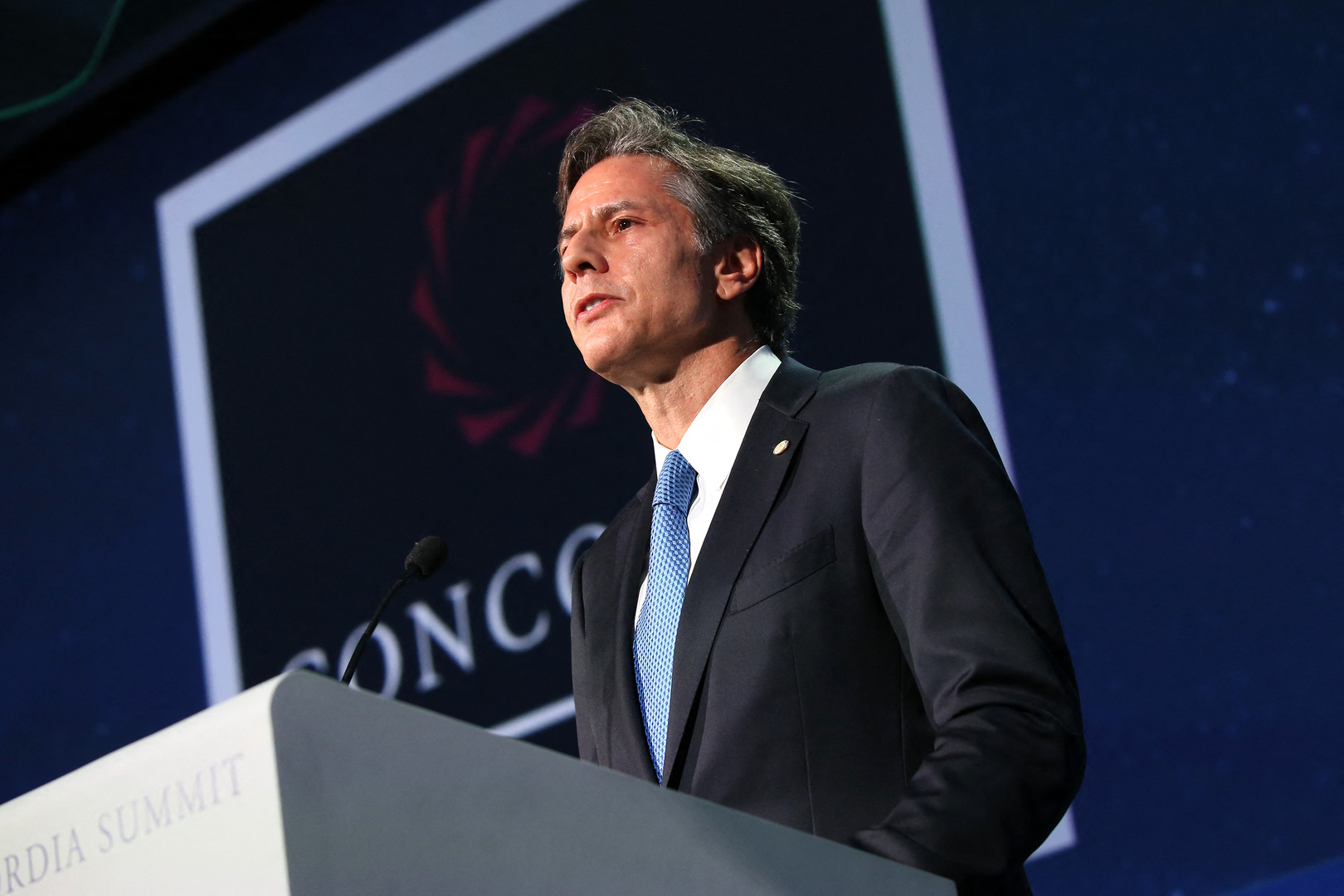 وزير الخارجية الأمريكي يصرح بعدم كفاية شفافية الصين في قضية وباء كورونا