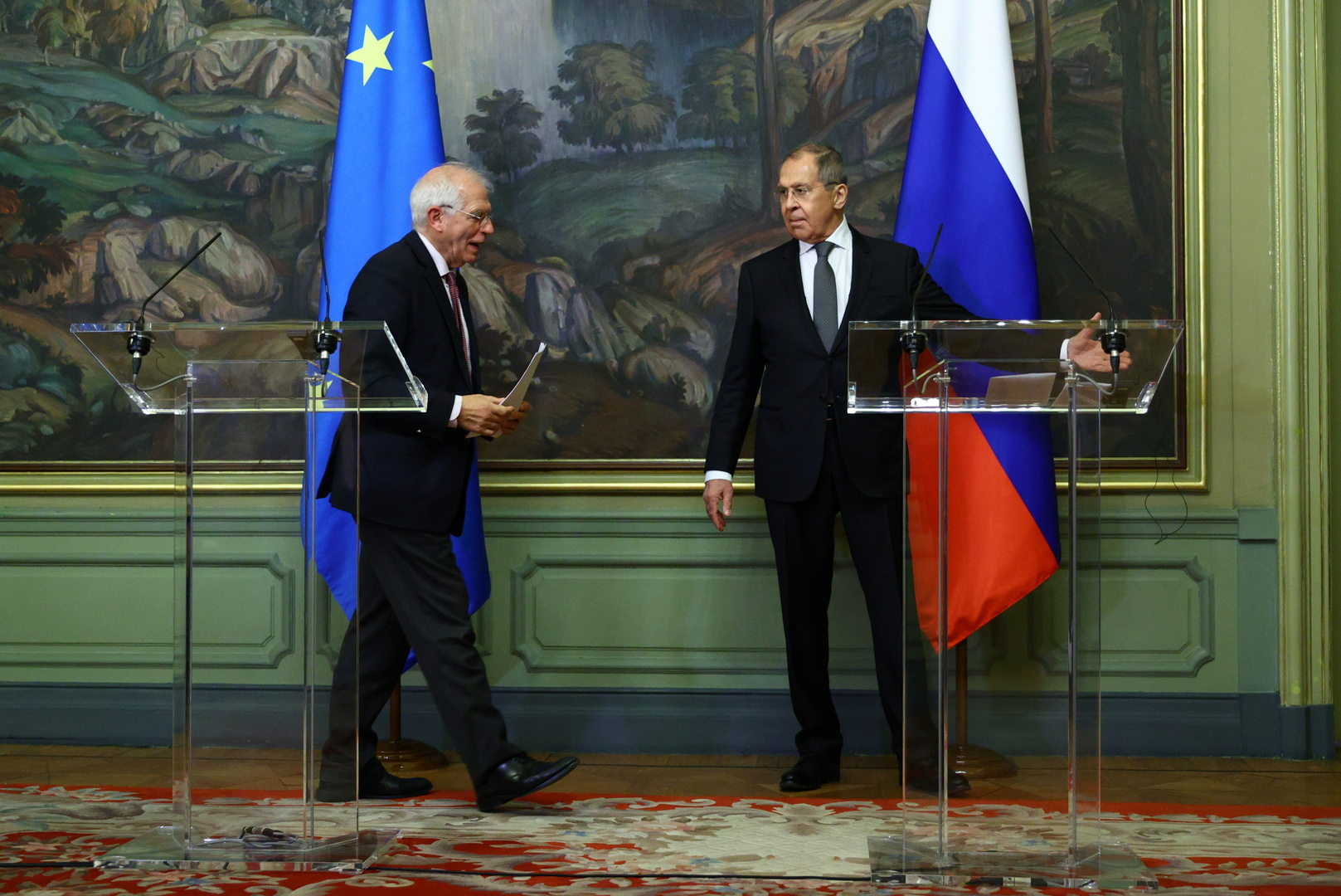 استفز الدب.. الاتحاد الأوروبي أظهر استعداده للتصعيد مع روسيا