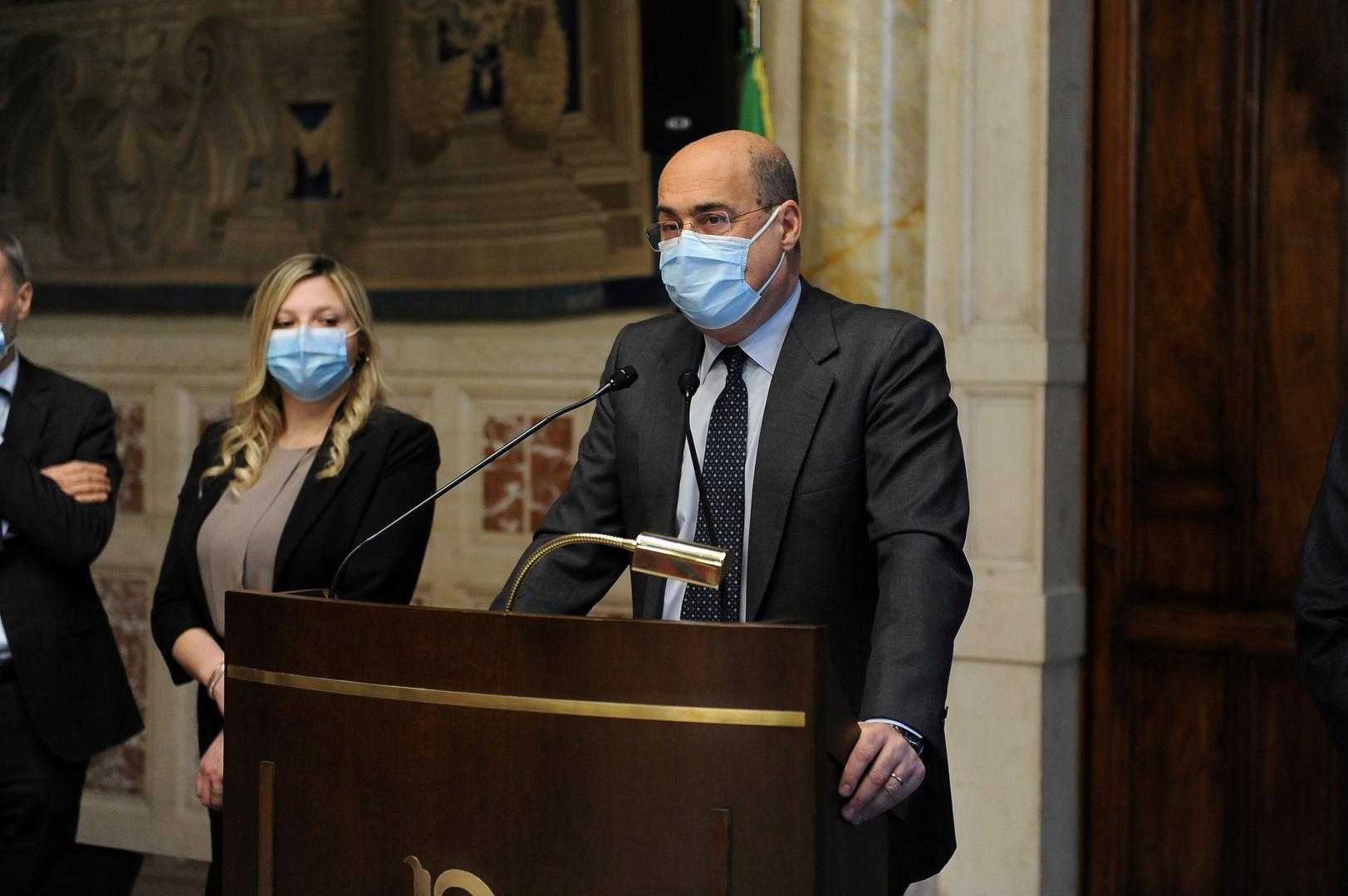 رئيس الوزراء الإيطالي يحث الاتحاد الأوروبي على