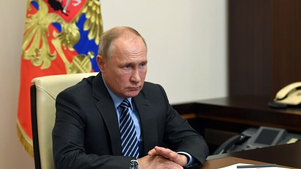 بوتين يبعث رسالة إلى خامنئي