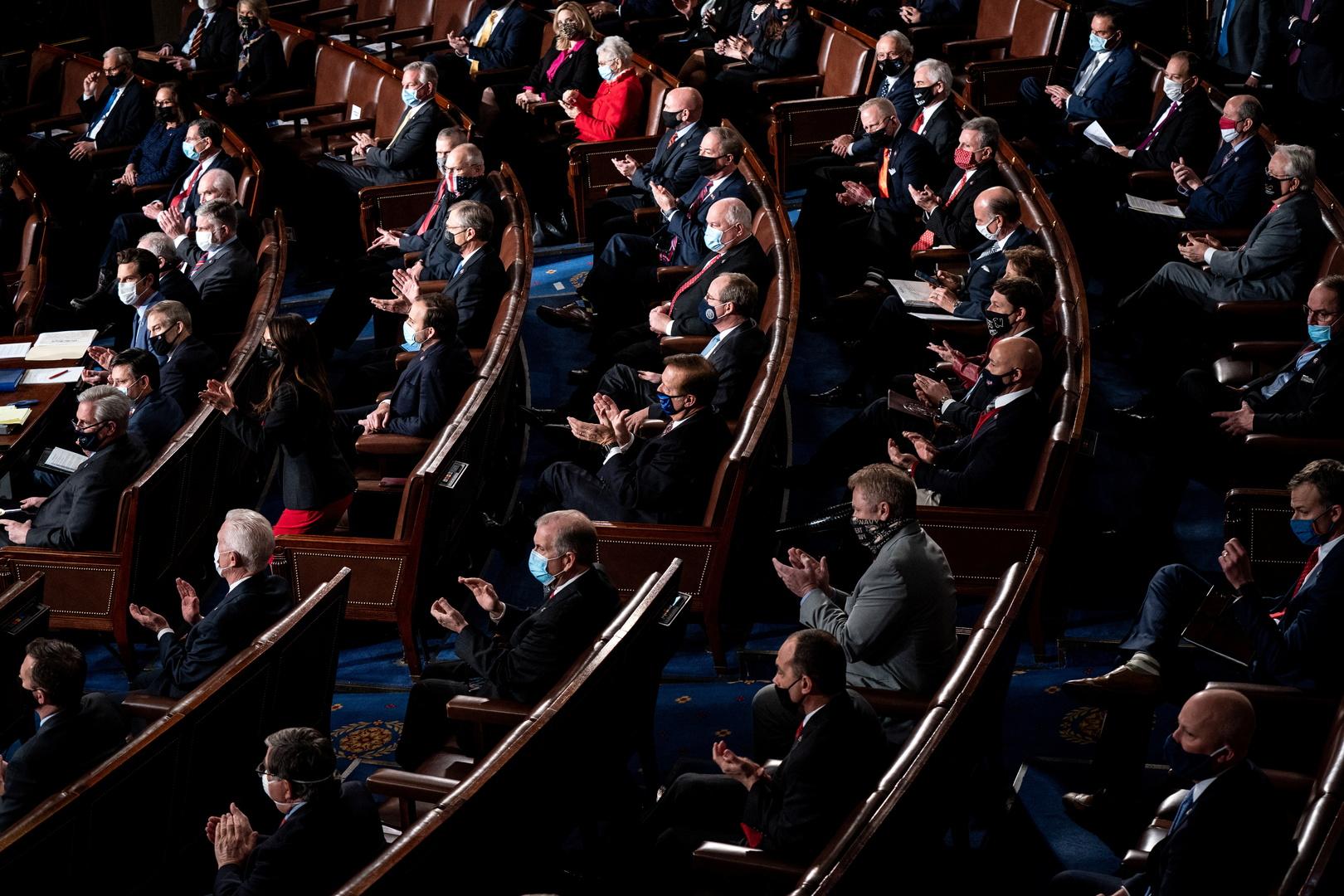 مجلس الشيوخ الأمريكي يقر خطة بايدن للإغاثة من كورونا ويحيلها لمجلس النواب