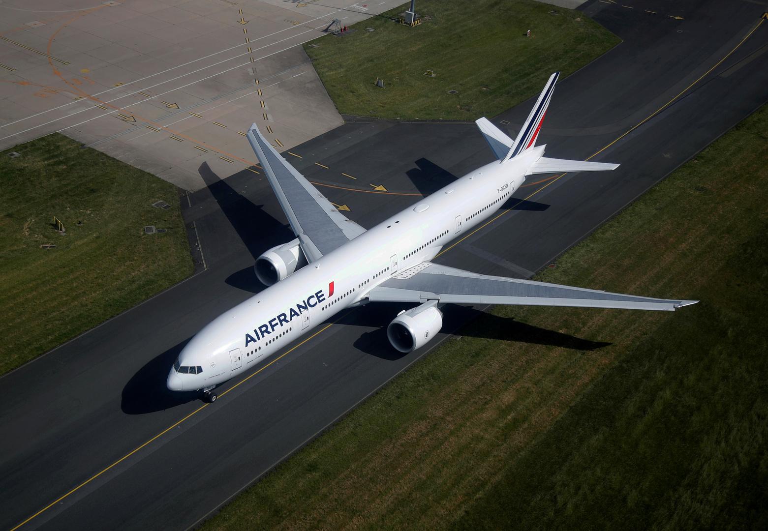 طائرة فرنسية تهبط اضطراريا في بلغاريا بسبب سلوك راكب