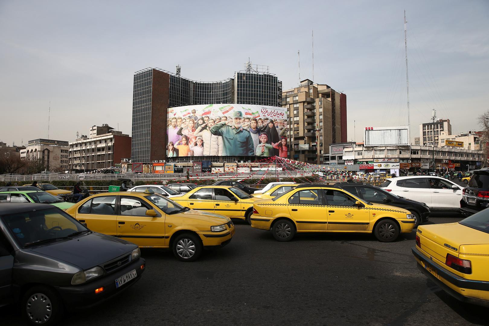 مسؤول إيراني: واشنطن وافقت على الإفراج عن أرصدة لطهران بقيمة 3 مليارات دولار في 3 دول