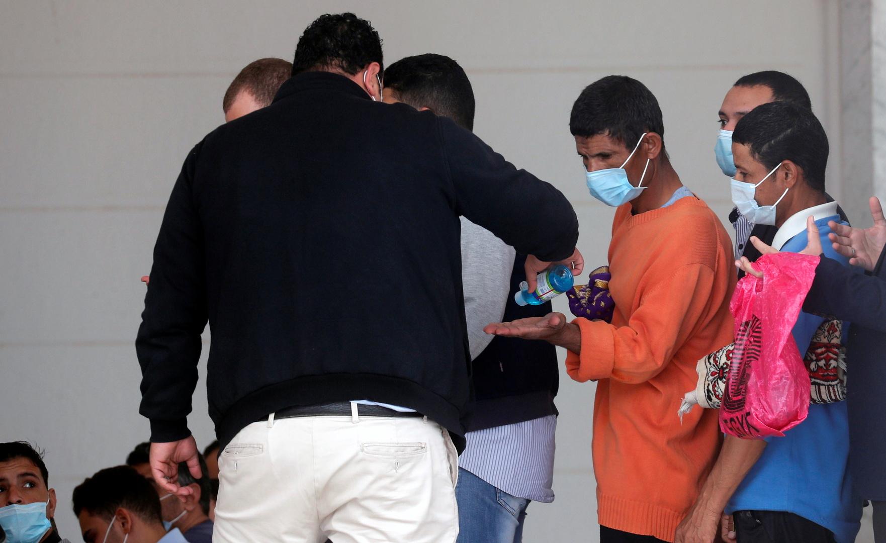مصر..43 وفاة و591 إصابة جديدة بفيروس كورونا