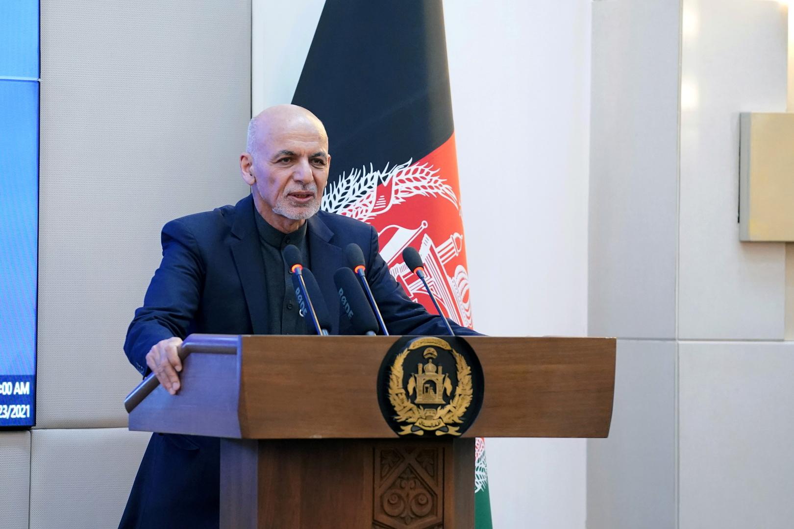 واشنطن تقترح تشكيل حكومة انتقالية لإدارة شؤون أفغانستان