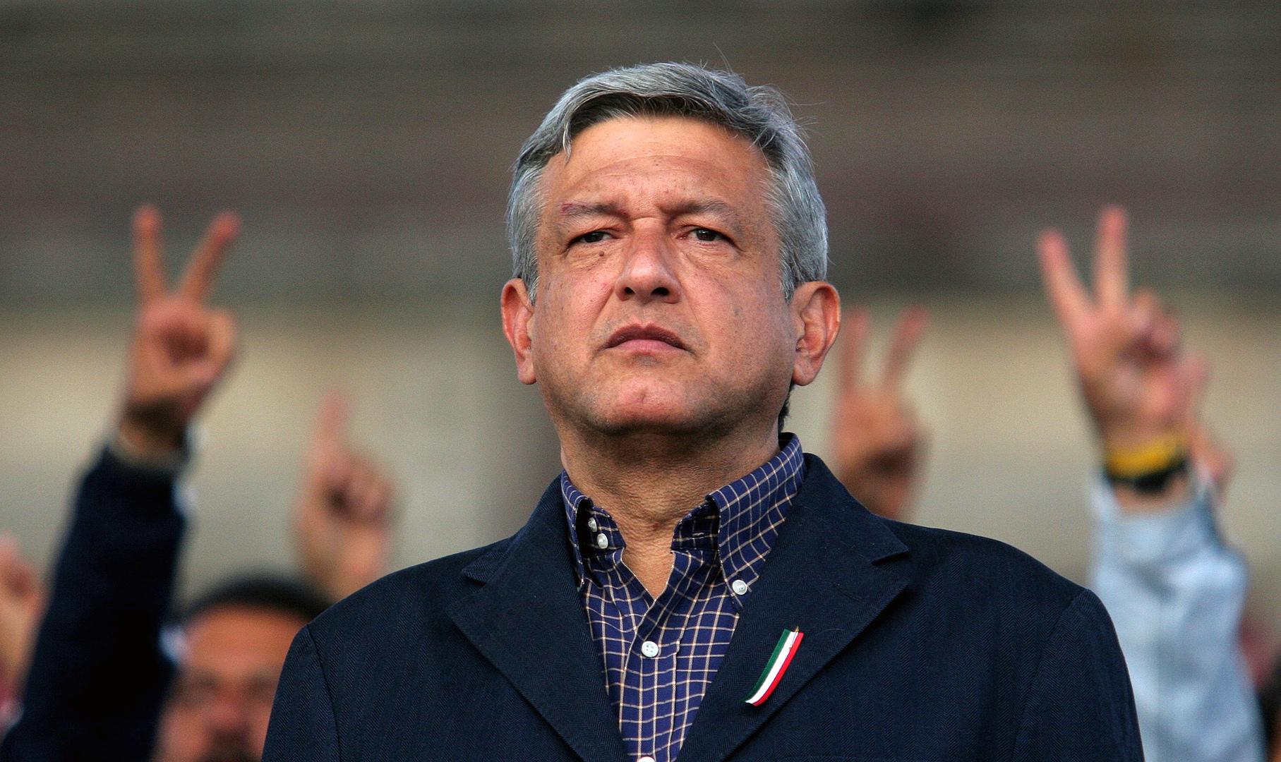 الرئيس المكسيكي يتهم وسائل الإعلام الغربية بدعم