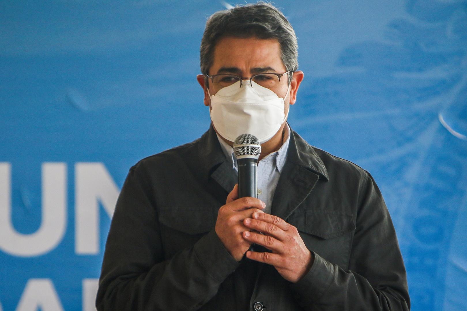 رئيس هندوراس يعلن توقيع عقد لشراء لقاح