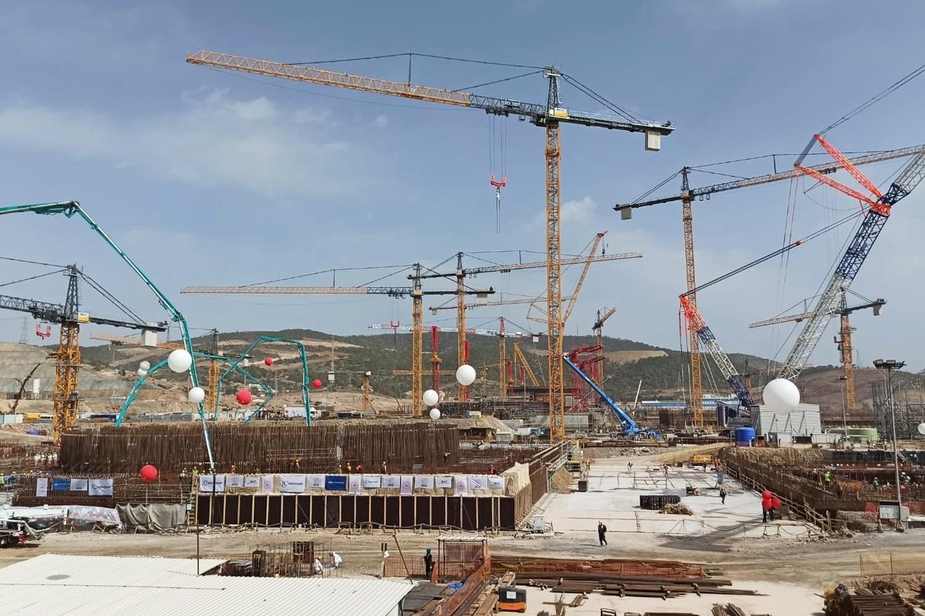 موقع بناء محطة