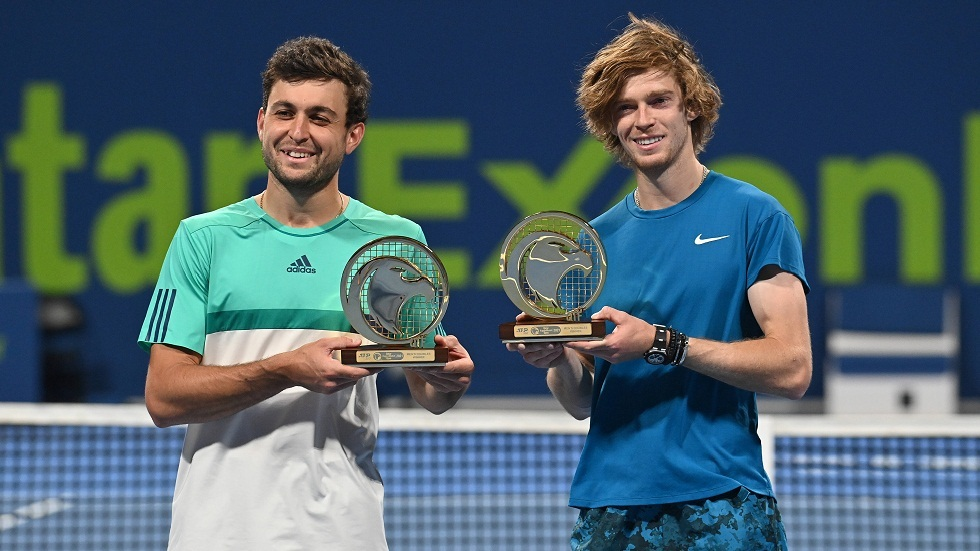 Russian Rublev and Karatsev win the Doha Tennis Championship title in the doubles category