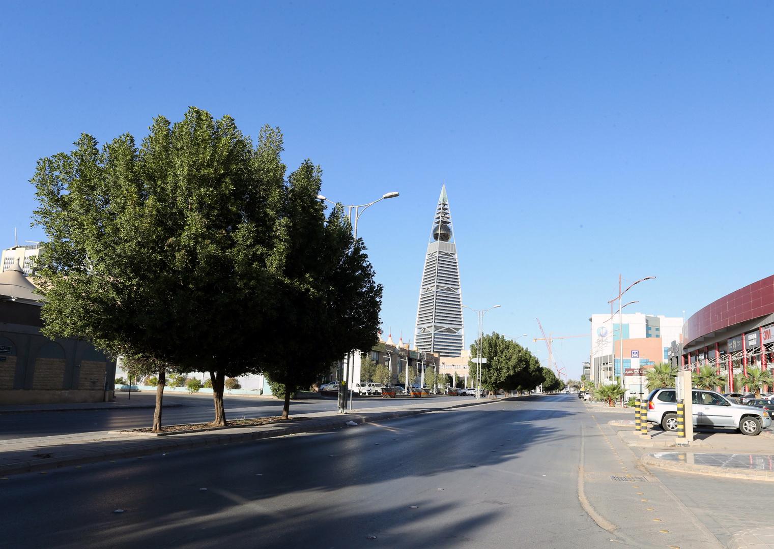 السعودية: إلغاء نظام الكفيل يدخل حيز التنفيذ