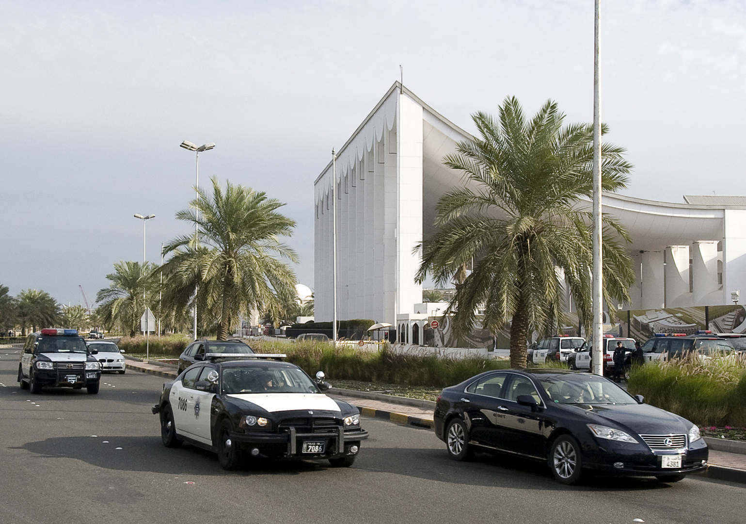 الكويت.. القبض على فنان بتهمة