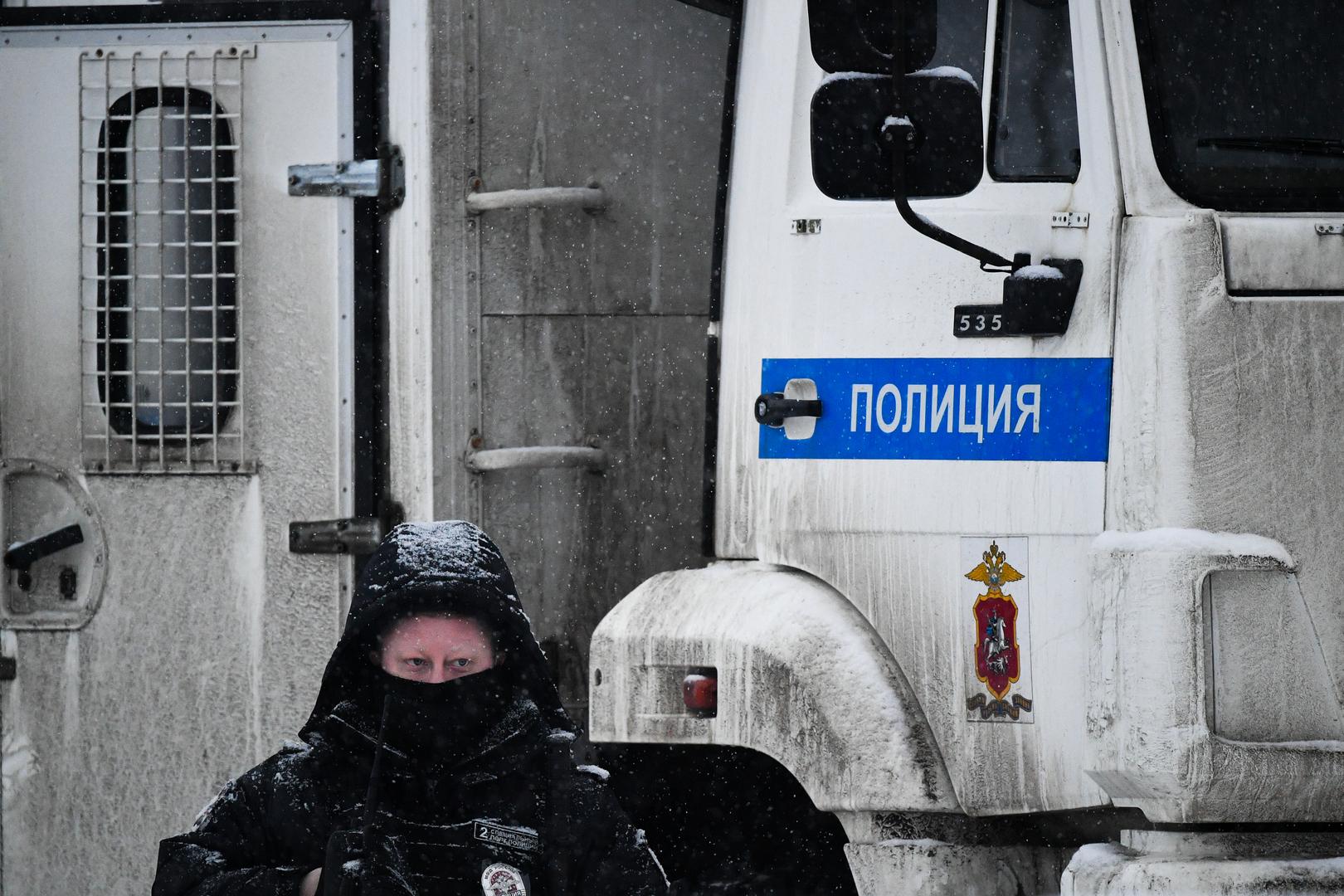 لمخالفتهم الأنظمة الوبائية..شرطة موسكو توقف 200 شخص خلال