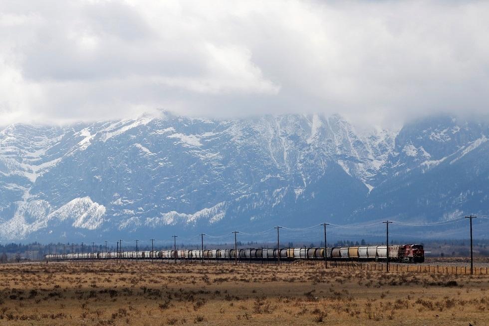تحذير من تعرض جبال روكي والسهول العظمى بأمريكا لعاصفة ثلجية خطيرة