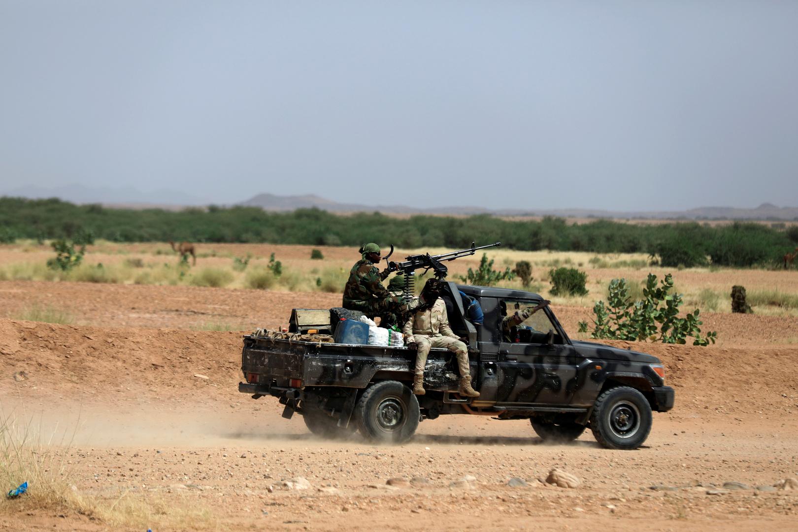 نيجيريا.. مقتل 19 من عناصر الأمن بكمين لتنظيم
